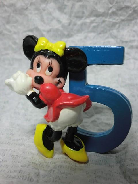 画像1: ミニーマウスナンバー5PVCフィギュア (1)