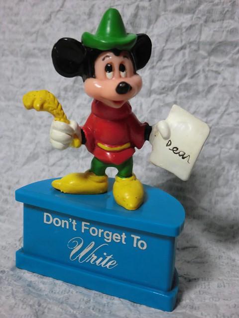 画像1: ミッキーマウス台付PVCフィギュア (1)