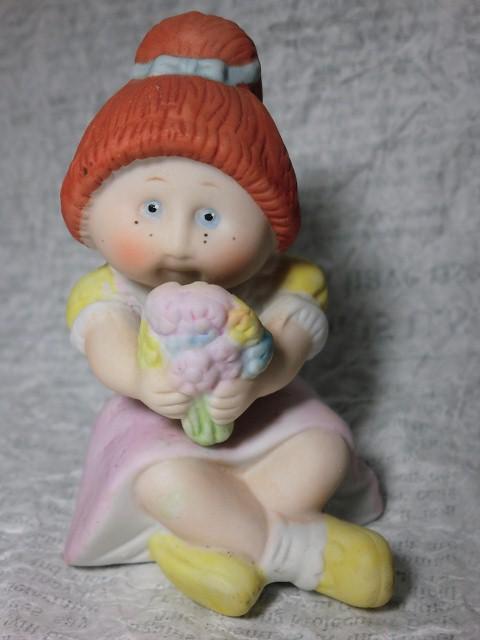 画像1: キャベツ人形(花束)フィギュア (1)