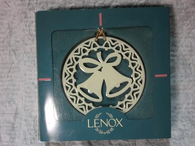 画像1: レノックスオーナメント(クリスマスベル) (1)