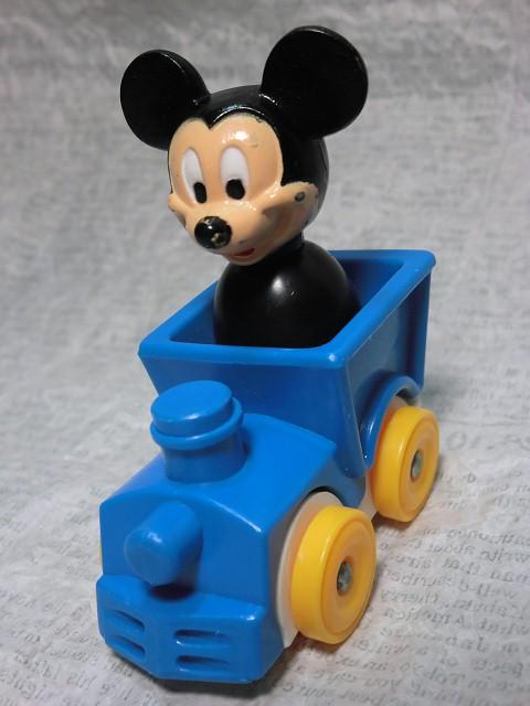 画像1: ミッキーマウス・汽車に乗るフィギュア (1)