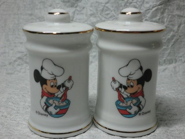 画像1: ミッキーマウス・ソルト&ペッパーシェイカー (1)